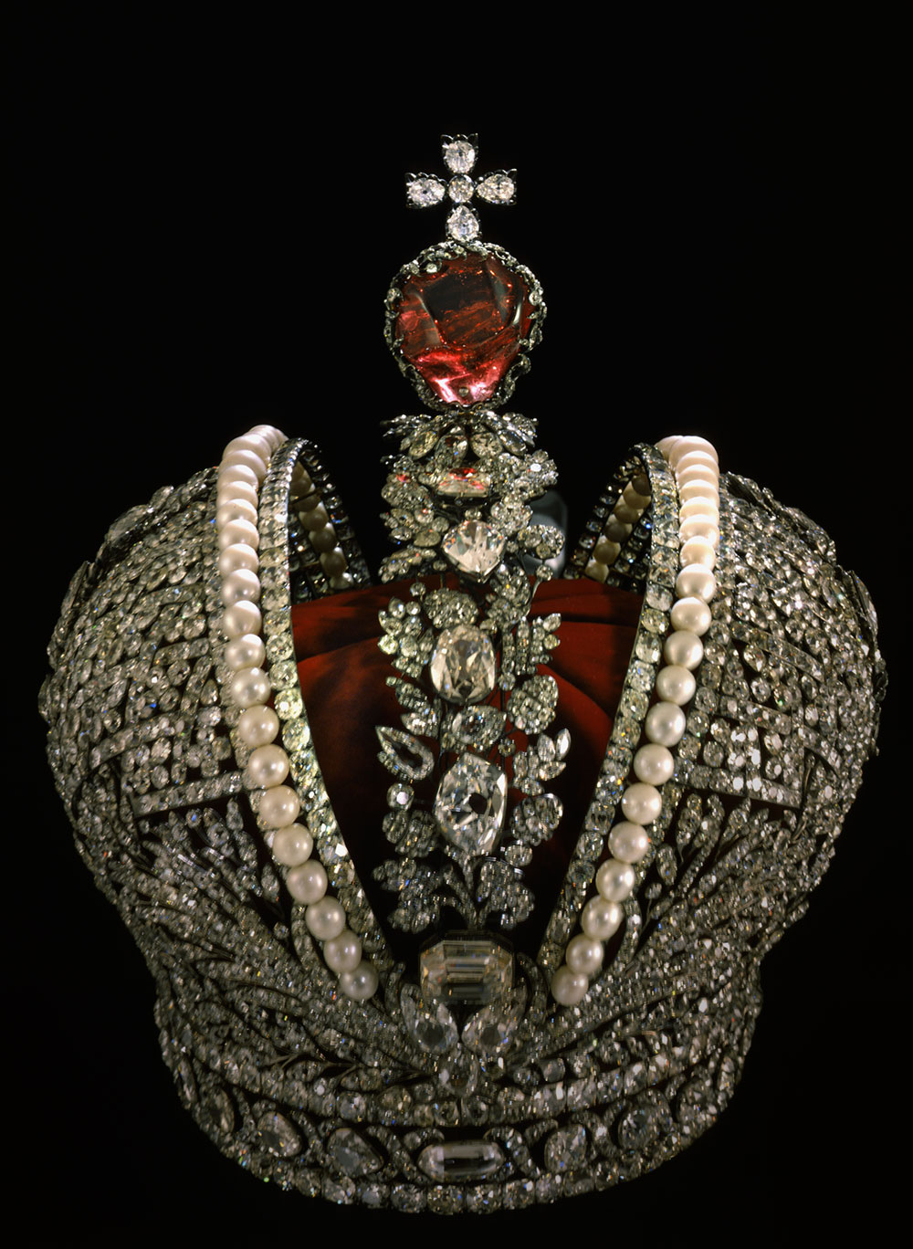 The Imperial Russian Crown. Click on the photo for a larger image.