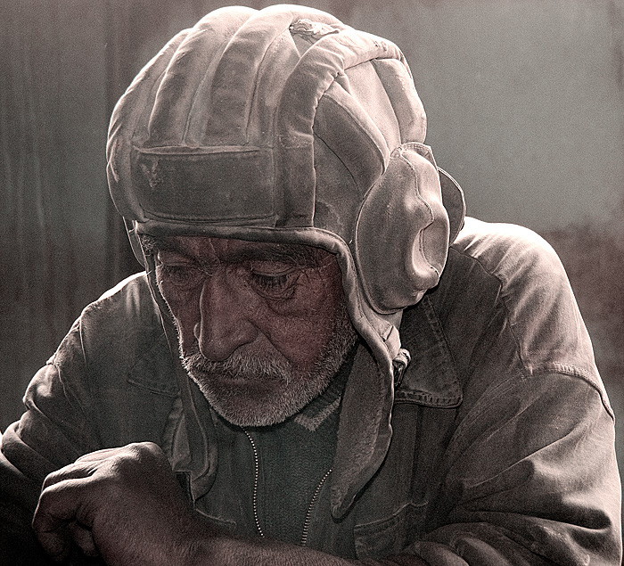 Miner resting at Snezhny