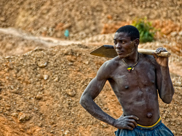 Sapphire miner at Ngemba Ngembambili, Songea. Photo: Richard W. Hughes